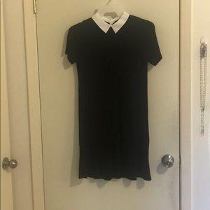 Black Dress w White Collar